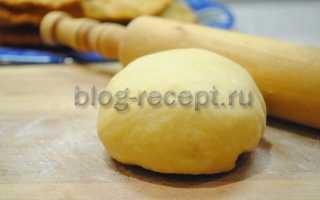 Чебуреки заварное тесто вливаем горячее масло