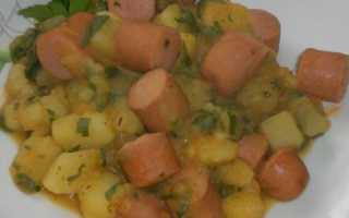 Рагу с сосисками и картошкой