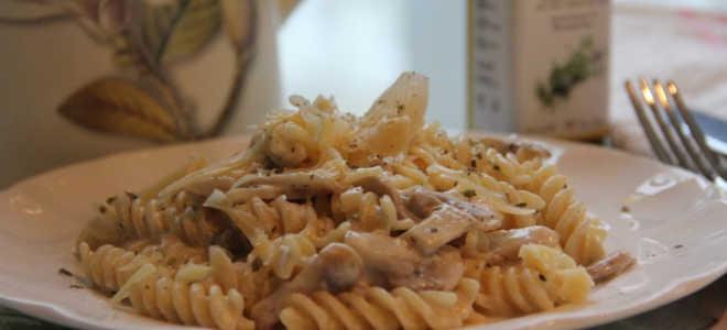 Грибы с макаронами рецепт