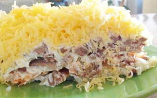 Салат мясо грибы