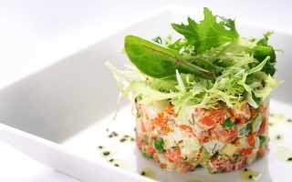 Салат оливье с семгой и свежим огурцом
